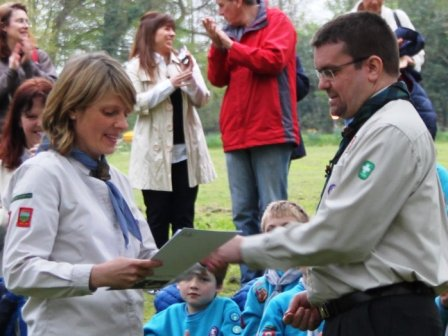 Sarah Turner receiving her Wood Badge